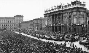 Palazzo_madama_funerali_grande_torino